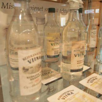 Koskenkorva Viina -pulloja | Koskenkorva Viina bottles | Koskenkorva Viina -flaskor | Коскенкорва ликерные бутылки